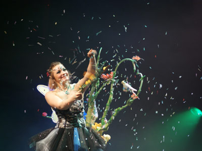 Magicienne Elfia show spectacle magie Macon